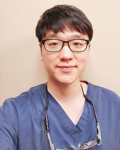 Dr. Junyoung Ahn